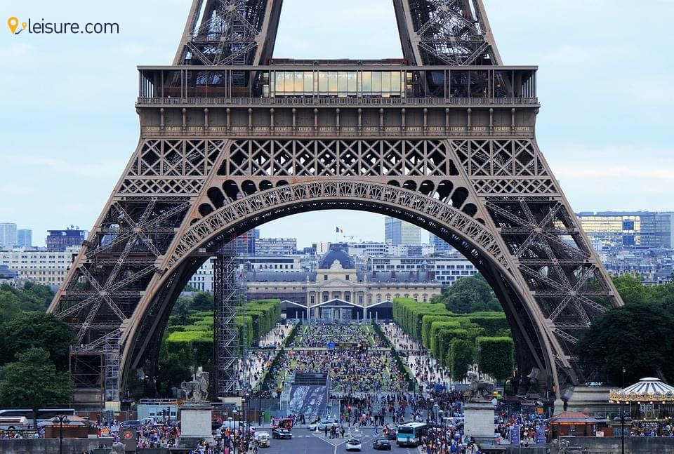 Escape Into Wonders of Paris in This 8-Days France Vacation Package