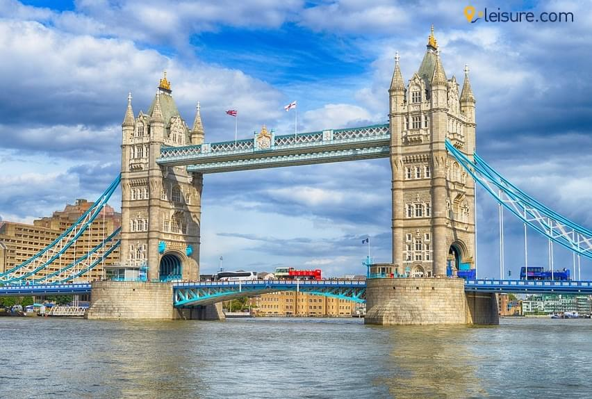 Discover the British Delights in these 7 days England Vacation