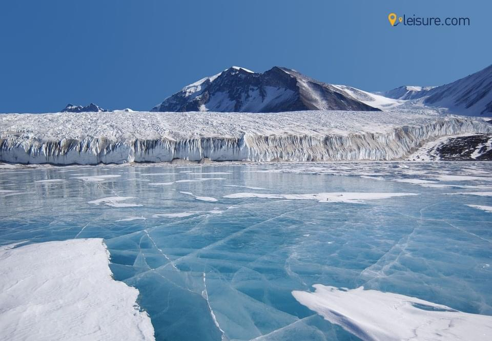 Explore the best of North Pole in this 10-days Antarctica Vacation