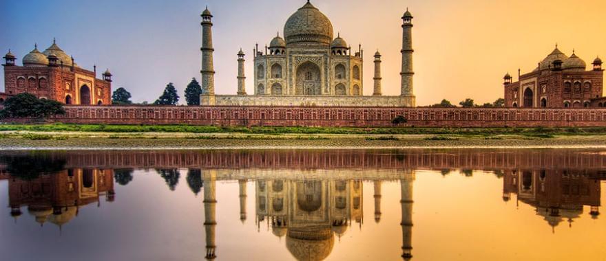Travel Review: Luxury Tour of India, Varanasi, Delhi, Agra, Jaipur