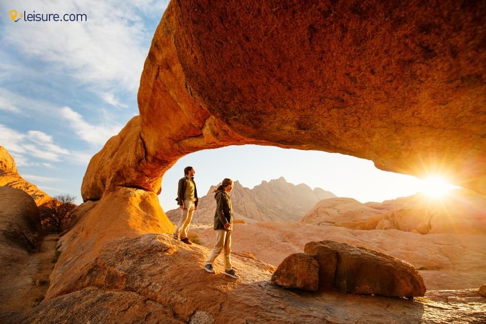 Namibia Safari Adventure: Mountain Biking, Damaraland, Sand Dunes
