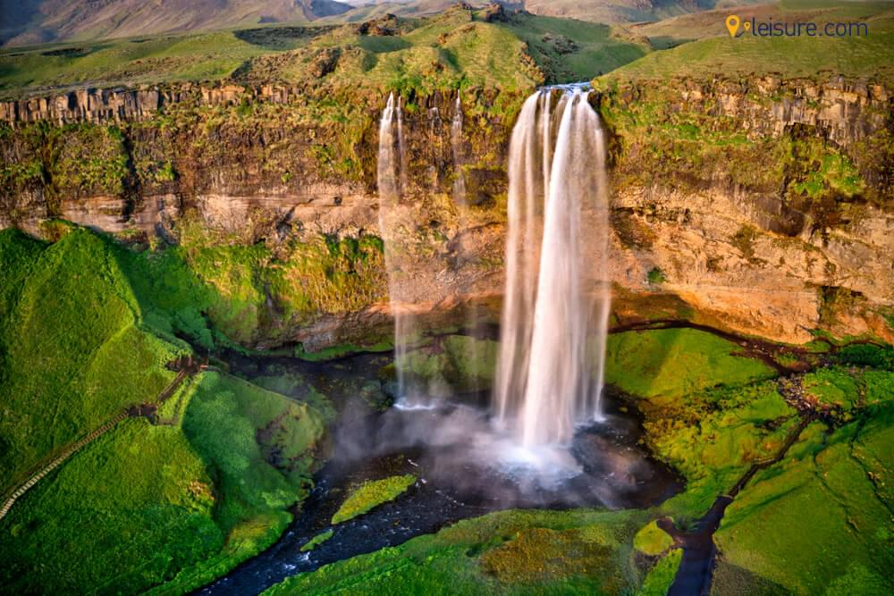 Immerse in the landscapes of Games of Thrones in 7-Days Iceland Itinerary