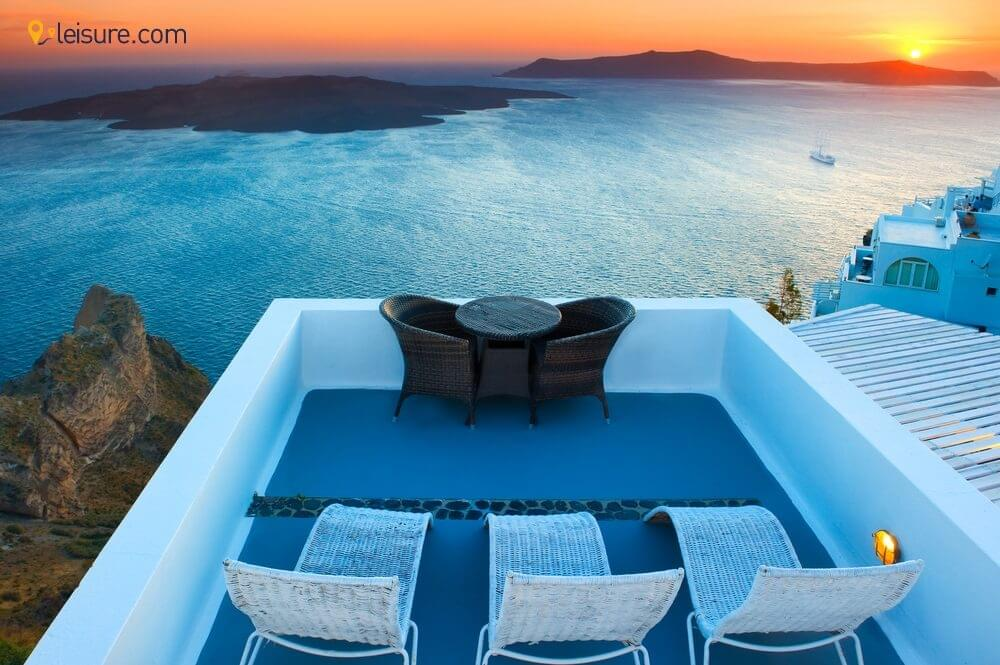 5 Days in Santorini: White Houses and Scenic Terraces to Give You Memorable Europe Honeymoon Vacatio