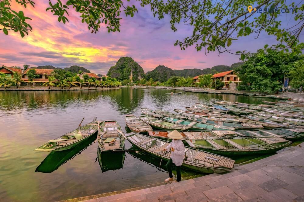 Vietnam Travel Guide - The Ultimate 8-Days Vietnam Trip
