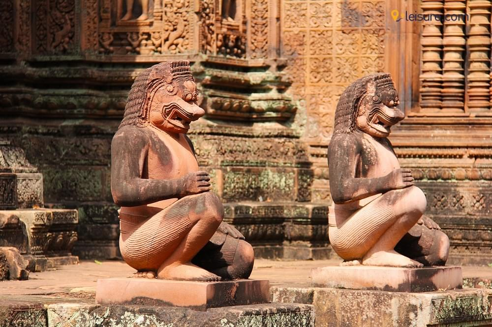 Discover The Forgotten Ruins And Pristine Beaches In Ancient Cambodia Tour