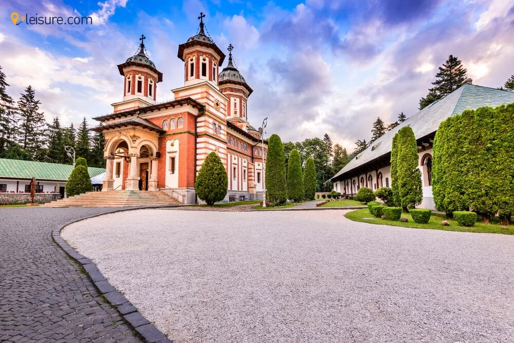 A Perfect Week Itinerary for Romania Tours