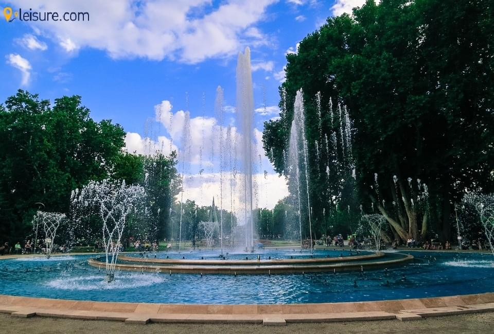 Fountain parks