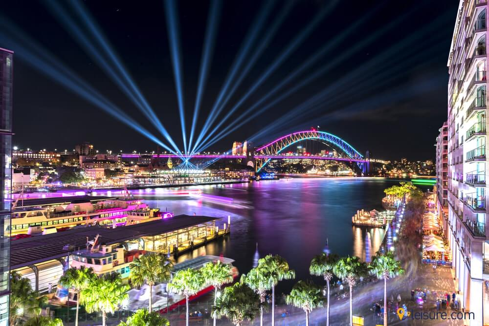 Get Enchanted With Sydney Vivid Festival In 6-Days Australia Tour