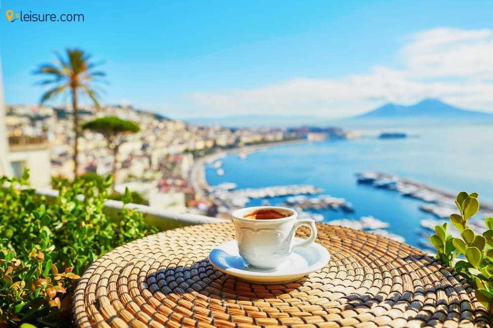 Experience the Naples from upfront - 3 Days Luxury Italy Tours Package