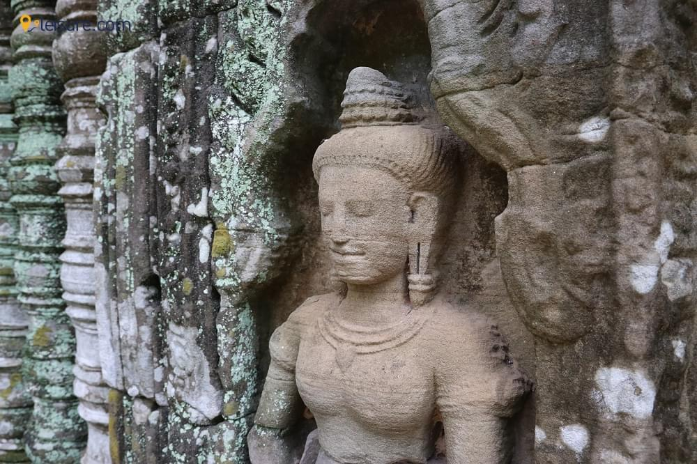 Angkor Vat & Floating Village - 3 Days Cambodia Tour