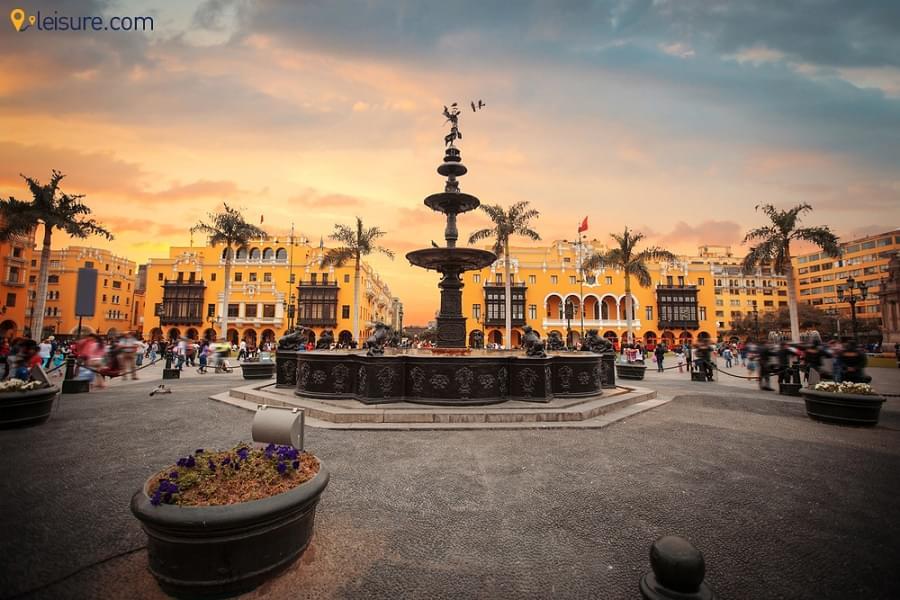 A Week-long Peru Tour Itinerary: Discovering Lima, Paracas, Huachachina, Machu Picchu and More