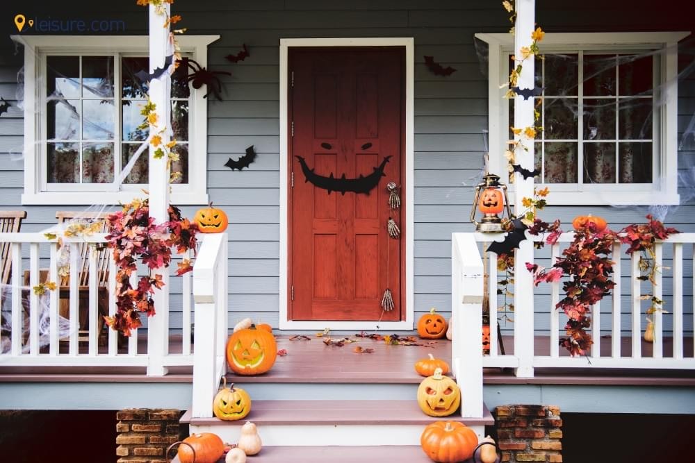 Halloween At Home f