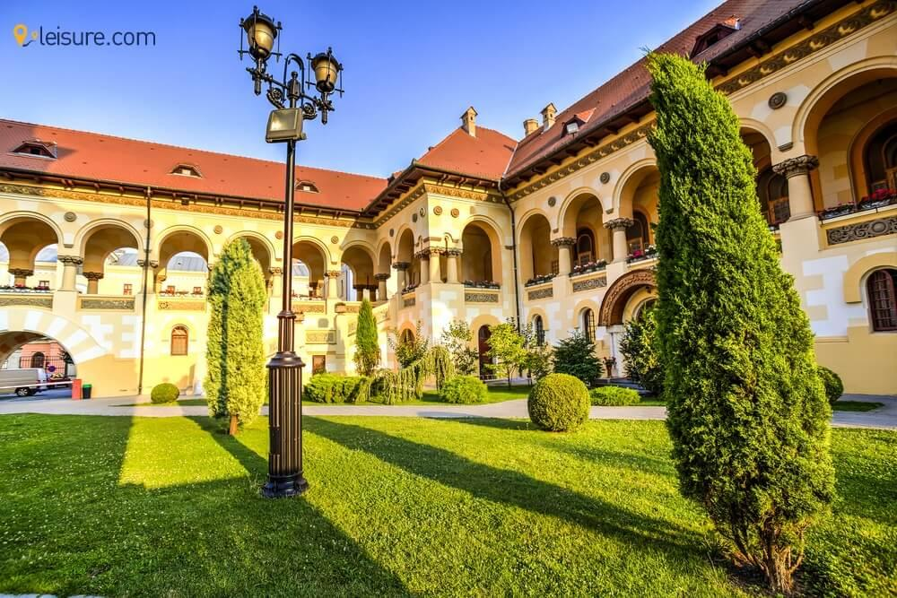 One-Week Romania Tour Itinerary