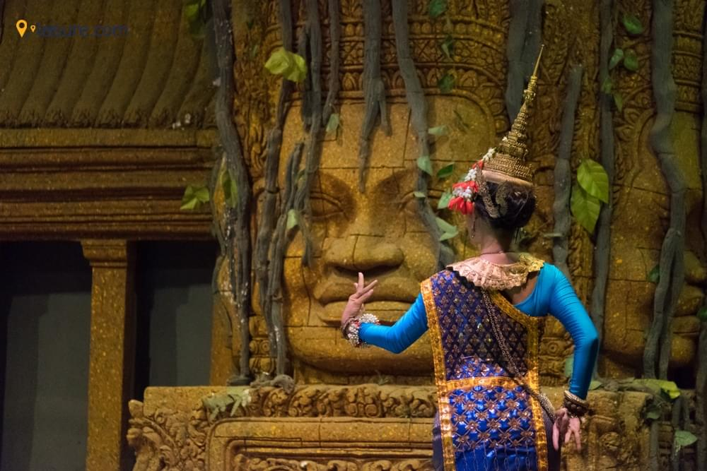 A Travel Guide to Cambodia: Amazing Siem Reap & Battambang Tour with Excursions