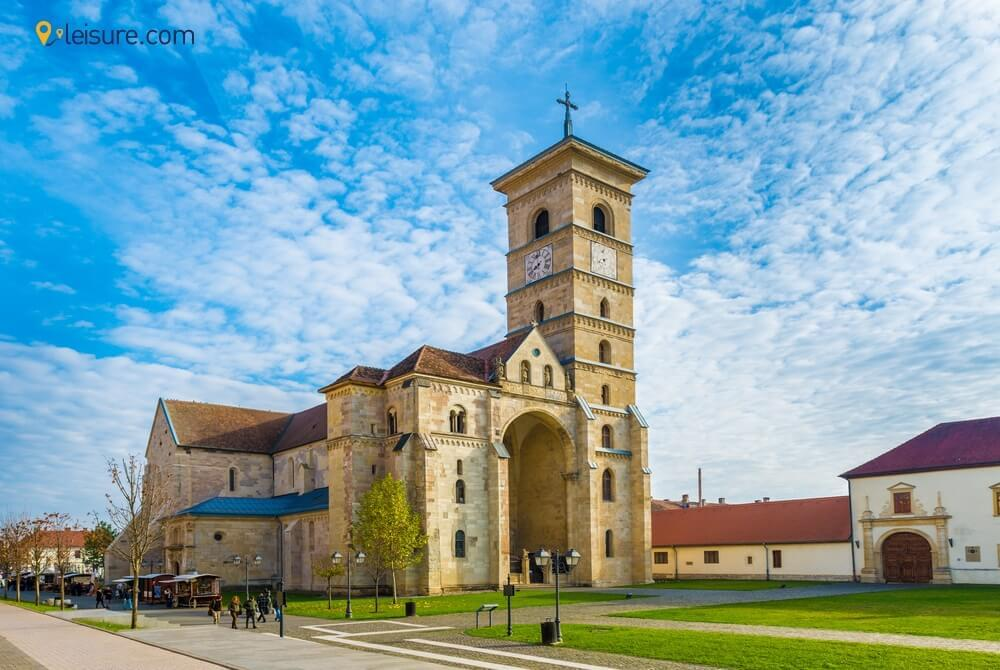 All-Inclusive Vacation Package Europe: One-Week Romania Tour Itinerary