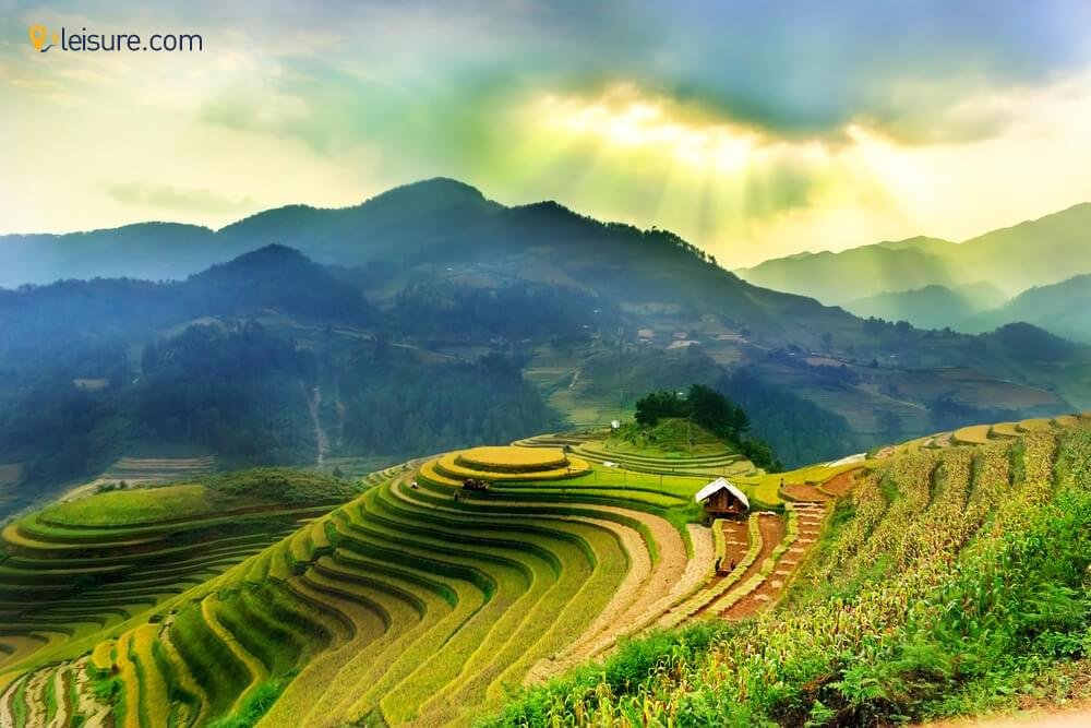Vietnam Travel Guide: Exploring this Beauty in the Lap of Earth