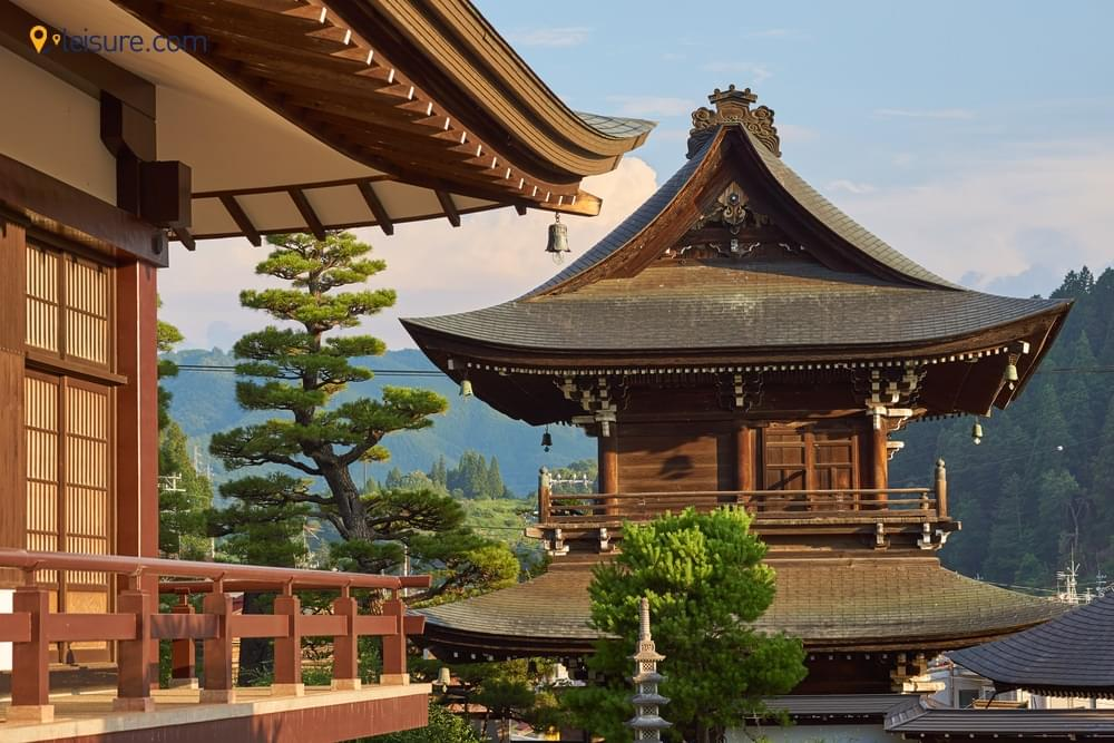 Experience The Life of Japan With Our 2-Weeks Best Japan Tour