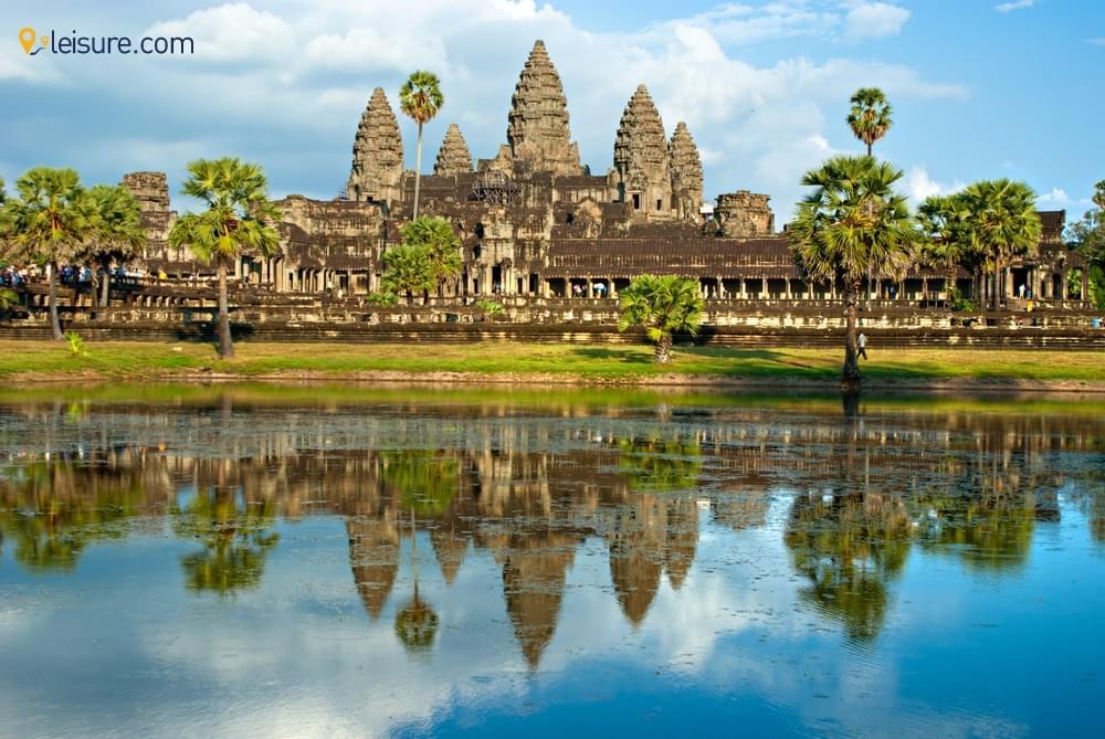Magical Sunrise and Sunset at Angkor Wavvt