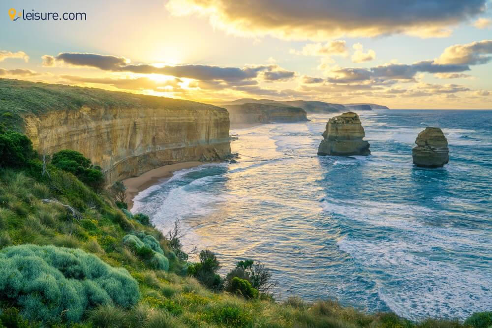 Express Relief in this Customized 7-Days Australia tour